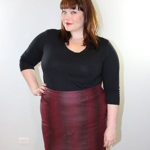 Red Maroon Snake Print Faux Leather Mini Skirt